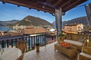 ROMANTIC LAKE VIEW HOUSE - AbcAlberghi.com