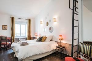 . Appartement Contemporain La Péniche - Cité Internationale