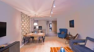 Luxury Apartment in the Center of Krakow with Free Underground Garage