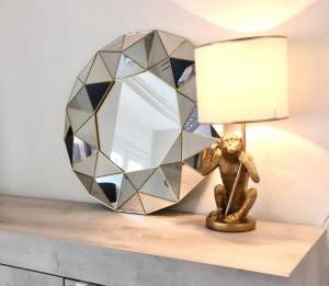 Baronesa elegant studio in centro - AbcAlberghi.com
