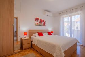 3 star apartment Apartments Eva Cres Croatia