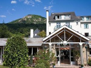 Logis Hôtel Les Cimes