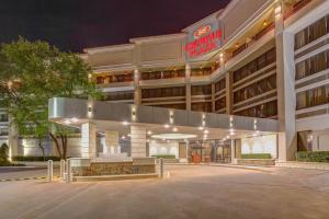 Crowne Plaza Hotel Executive Center Baton Rouge, an IHG Hotel