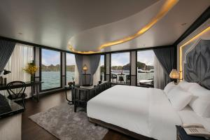 Galaxy Premium Cruises Halong Bay, Халонг