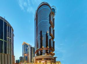 Crowne Plaza Doha West Bay, an..