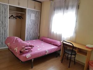 Habitación separada dentro de Getafe Family Madrid