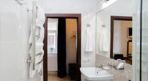 LEO Obchodna Delux Apartment