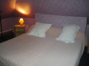 Les Coquillettes, Bed and breakfasts  Honfleur - big - 8