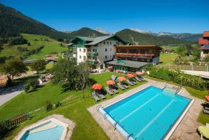 Wohlfühlresort und Feriengut Martinerhof - Hotel - Sankt Martin am Tennengebirge