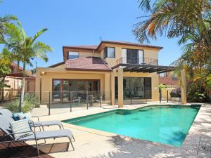 Tarcoola 41 - Five Bedroom Canal Home with Pool