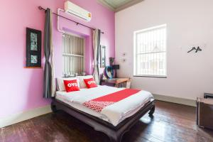 OYO 554 Old Town Boutique Hostel