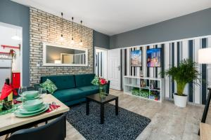 Poznan City Center Apartments by Renters
