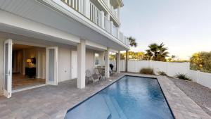 Sea Salt - 5 Bedroom Ocean front Pool home - sleeps up to 12! home, Dovolenkové domy  Coquina Gables - big - 23