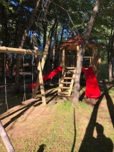 Cabanas y Lodge Los Hualles - Hotel - Las Trancas