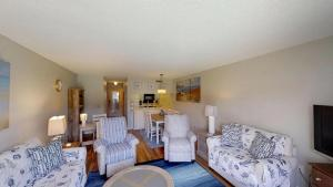 Ponce Landing 53: Cute and Beachy 2 bedroom condo with beach access, heated pool and garage condo, Apartmanok  Coquina Gables - big - 9