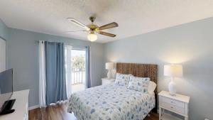 Ponce Landing 53: Cute and Beachy 2 bedroom condo with beach access, heated pool and garage condo, Apartmanok  Coquina Gables - big - 10