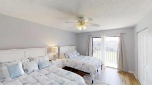 Ponce Landing 53: Cute and Beachy 2 bedroom condo with beach access, heated pool and garage condo, Apartmanok  Coquina Gables - big - 14