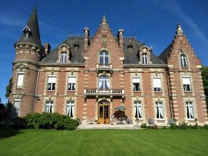 Location gîte, chambres d'hotes Château des marronniers dans le département Somme 80