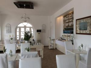 Porto Scoutari Romantic Hotel & Suites (5 of 117)