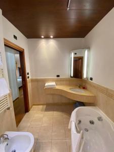 Suite Mavino Appartamenti - AbcAlberghi.com