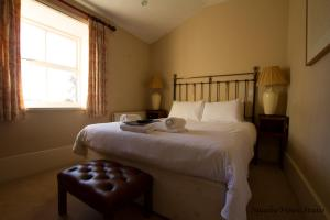 Double Room With Roll Top Bath The Derby Arms
