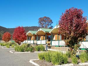 Accommodation in Clareville