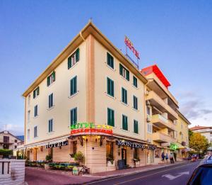 Hotel Montenegrino, Hotel  Teodo - big - 1