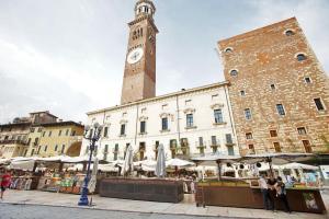 ATTICO DI VIA ROMA - AbcAlberghi.com
