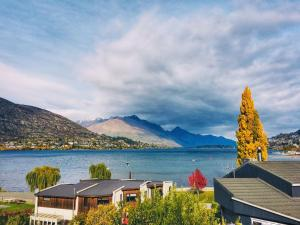 Pencarrow Lakeside Apartment - Hotel - Queenstown