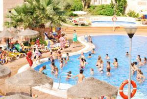 Bahía Tropical, Hotels  Almuí±écar - big - 41