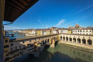 Apartments Florence - Dreams Over Ponte Vecchio - AbcAlberghi.com