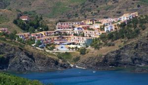 Location gîte, chambres d'hotes Lagrange Grand Bleu Vacances – Résidence Le Village des Aloès dans le département Pyrénées Orientales 66