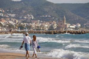 Holiday Home Urb Levantina Chollo Hoteles en Sitges ...