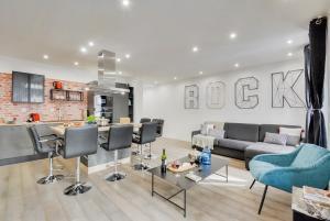BASTILLE/LE MARAIS-LUXURIOUS 3 rooms flat