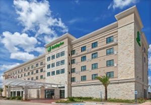Holiday Inn Houston NE-Bush Airport Area, an IHG Hotel