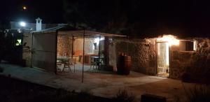 Vivienda cueva en Arico, una experiencia especial y única