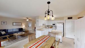 Surf Crest Village 37 Home, Апартаменты/квартиры  Coquina Gables - big - 11