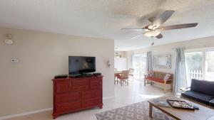 Surf Crest Village 37 Home, Апартаменты/квартиры  Coquina Gables - big - 20