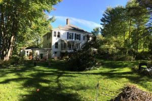 6 bedrooms country house near Magog - Hotel - Austin