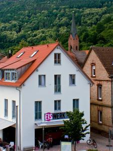 Gästehaus Eschers Eiswerk - Leinsweiler
