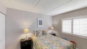 Ocean and Racquet Club 5112 Condo, Apartments  Coquina Gables - big - 14