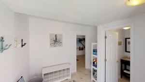 3 1St Street- Sea View Home, Dovolenkové domy - Coquina Gables