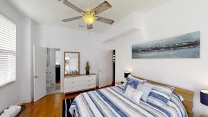 3 1St Street- Sea View Home, Dovolenkové domy  Coquina Gables - big - 11