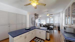 3 1St Street- Sea View Home, Dovolenkové domy  Coquina Gables - big - 9