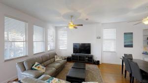 3 1St Street- Sea View Home, Dovolenkové domy  Coquina Gables - big - 19
