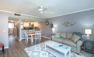 Ocean Villas 11 Condo, Apartments  Coquina Gables - big - 16