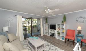 Ocean Villas 11 Condo, Apartments - Coquina Gables