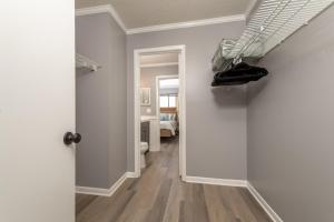 Ocean Villas 11 Condo, Apartments  Coquina Gables - big - 27