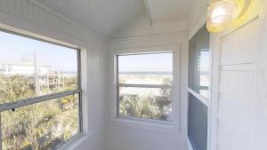 3 1St Street- Sea View Home, Case vacanze  Coquina Gables - big - 8