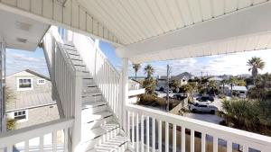 3 1St Street- Sea View Home, Case vacanze  Coquina Gables - big - 15